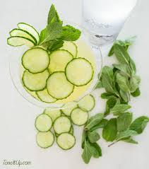 cucumber mint st patrick u0027s day cocktail u2013 toneitup com