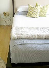 how to make a bed how to easily make your bed just like the hotels do