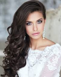 wedding hairstyle for long curly hair 20s hairstyles for long hair