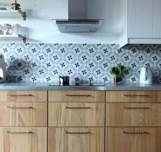 carreler une cuisine carrelage plan de travail cuisine ikdi info