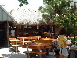 custom built tiki huts and tiki bars
