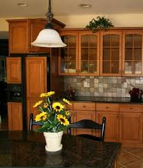 Kitchen Colors With Maple Cabinets 41 Best Uba Tuba Granite Images On Pinterest Kitchen Ideas
