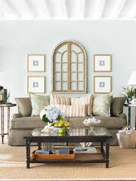 Inspiring Ideas For Decorating A Wall In Living Room 82