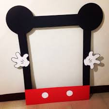our diy mickey mouse photo booth frame thanks to pinterest for