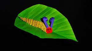 how to make a paper caterpillar craft simple paper arts and