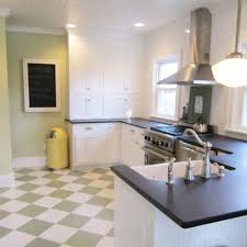 Best Kitchen Floors by 350 Best Small 1929 Era Kitchen Images On Pinterest Checkerboard