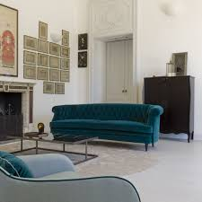 Chesterfield Sofa In Living Room by Charlotte Luxury Made In Italy Chesterfield Sofa Arredaclick