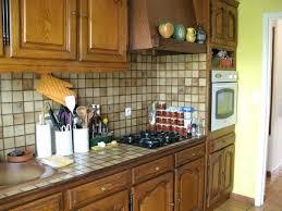 repeindre meuble cuisine rustique peindre cuisine rustique relooker une cuisine en bois clectique