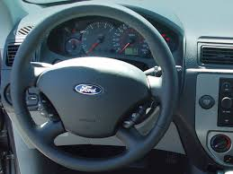 ford focus 2006 zx3 2006 ford focus steering wheel interior photo automotive com