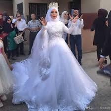 custom made wedding dress 2017 muslim wedding dress modest high neck sleeve bridal