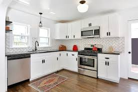 decorating contemporary kitchen with fasade backsplash and white