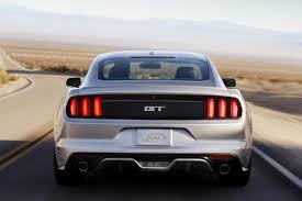 2014 mustang ford 2014 vs 2015 ford mustang what s the difference autotrader