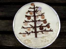 button christmas tree cake the last krystallos