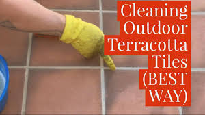 Best 25 Terracotta Tile Ideas Best Way To Clean Outdoor Terracotta Tiles Youtube