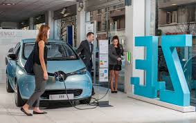 renault lease france renault passes 25 000 zoe sold in france 45 000 in total