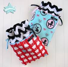 drawstring gift bags scrapbusters drawstring gift bags sew4home