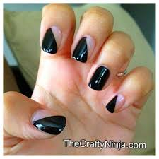 diagonal nail tape mani the crafty ninja