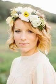 fleurs cheveux mariage coiffure mariage couronne fleurs coiffures modernes et coupes de