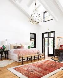 hauteur plafond chambre hauteur sous plafond et touches de dans la chambre