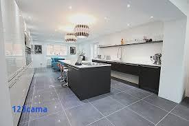 cuisine avec carrelage gris cuisine equipee avec carrelage cuisine mur stunning cuisine