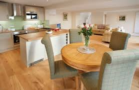 Kitchen With Dining Table Keeper U0027s Lodge Holiday Cottages In Yorkshire