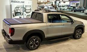 honda truck tailgate uautoknow net quick look 2017 honda ridgeline mid size truck w