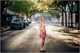 san antonio photographers leslie s downtown senior portrait session lone oak studios