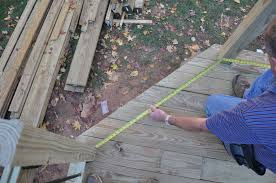 Distance Between Stair Spindles by Decks Com Deck Railing Balusters