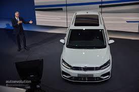 volkswagen minivan 2016 interior 2016 volkswagen touran r line package launched in germany