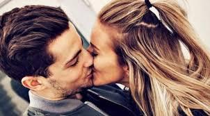 8 langkah permainan lidah untuk dapatkan ciuman yang sempurna