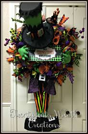 Deco Mesh Halloween Wreath Ideas by 164 Best Halloween Images On Pinterest Halloween Wreaths