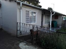 2 Bedroom Wendy House For Sale Property And Houses For Sale In Phoenix Phoenix Property