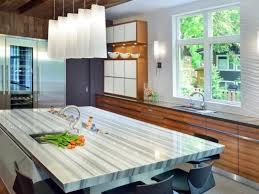 comptoir de cuisine blanc comptoir cuisine moderne et insolite quels sont les matériaux