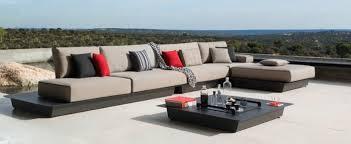 canape d exterieur design meubles design par manutti pour votre espace extérieur