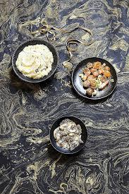 comment cuisiner des marrons comment cuisiner les marrons poªlée de marrons aux lardons