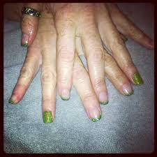 shellac nail art beautyandthepigskin