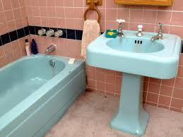 Best Thing To Clean Bathroom Tiles Tips From The Pros On Painting Bathtubs And Tile Diy