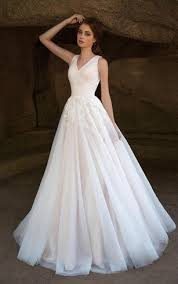 wedding dresses for small bust 2 figure brides gowns small size wedding bridals