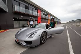 porsche 918 believe the hype around porsche u0027s 918 hypercar road tests driven