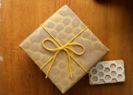 make your own wrapping paper ladyface sted wrapping paper