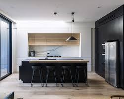 Sleek Minimalist Modern Kitchen Design In Wandsworth With Handle - Modern interior kitchen design