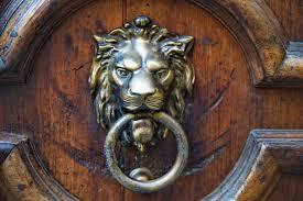 lion door knocker antique lion door knocker unique door knockers and their different
