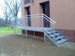 gitter treppe re und treppe mit geländer und gitter verzinken kovovýroba