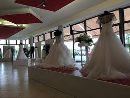 wedding dress stores near me why did no one tell me shopping for your wedding dress