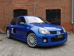 renault sport clio v6 3 0 24v 255 phase 2 3dr hatchback petrol