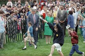 Hillary Clintons House White House Easter Egg Roll Photos Throughout History Warren G