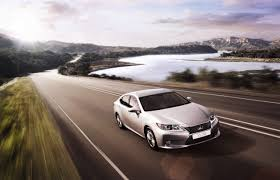 new lexus es250 malaysia lexus es officially launched lowyat net cars