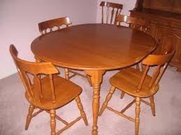 Maple Dining Room Sets Colonial Dining Room Furniture Maple Dining Room Table Sets Tell