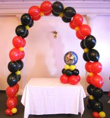 Centerpieces For Minnie Mouse Party by 106 Best Mickey U0026 Minnie Mouse Party Decorations Images On