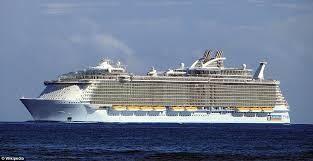 largest cruise ship in the world incredible time lapse video shows turnaround of the world u0027s